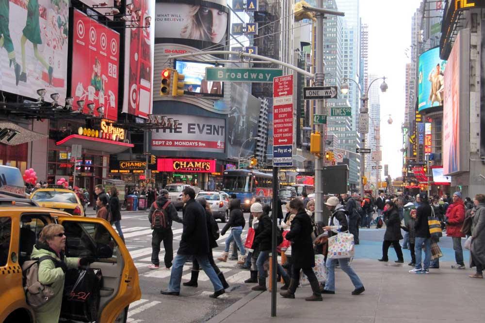 به دنبال روزمرگی در خیابان های نیویورک