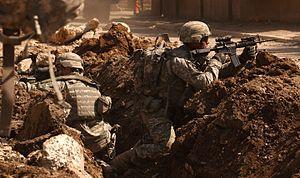 تصویری از سربازان ارتش ایالات متحده آمریکا در عراق.