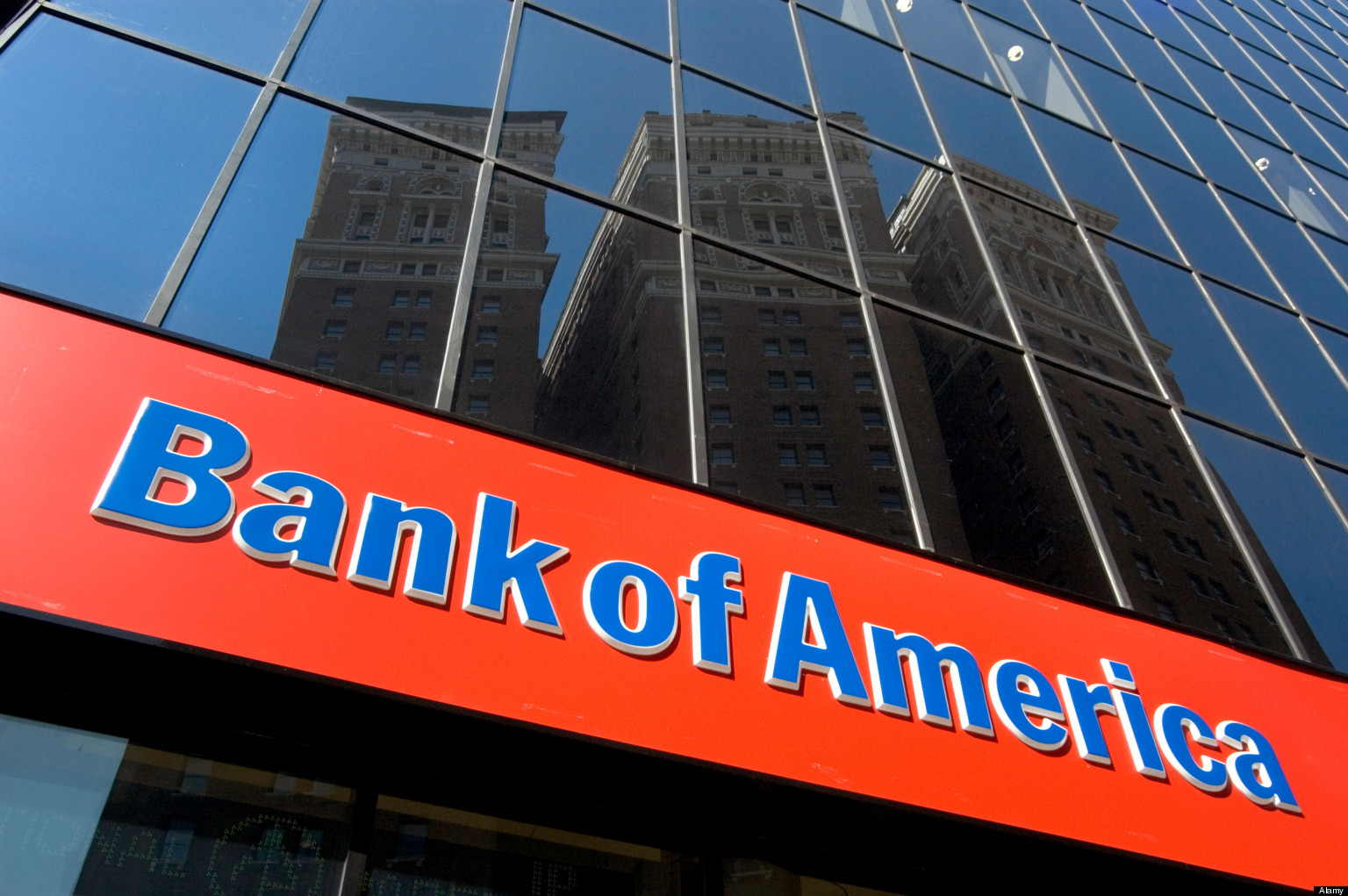 BANK OF AMERICA SIGN ON BRANCH - MIDTOWN MANHATTAN NEW YORK CITY USA