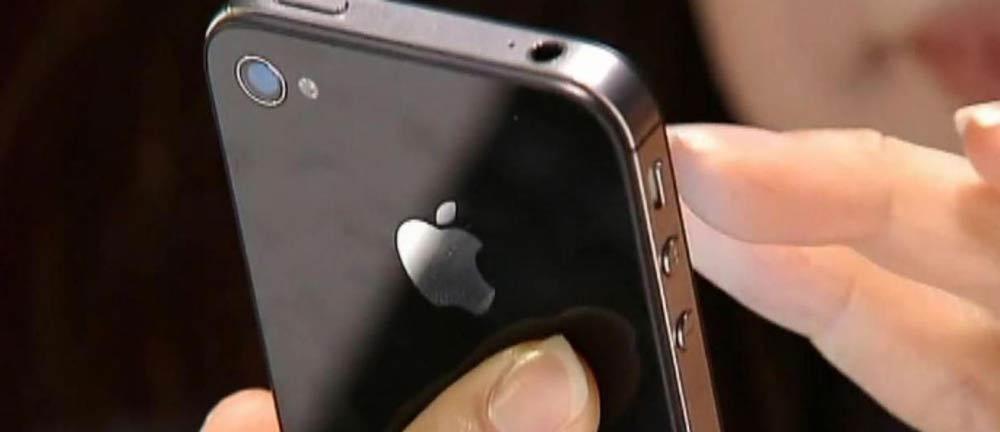اپل-برای-کند-کردن-عمدی-آیفون-۵۰۰-میلیون-دلار-به-مشتریان-خسارت-میدهد
