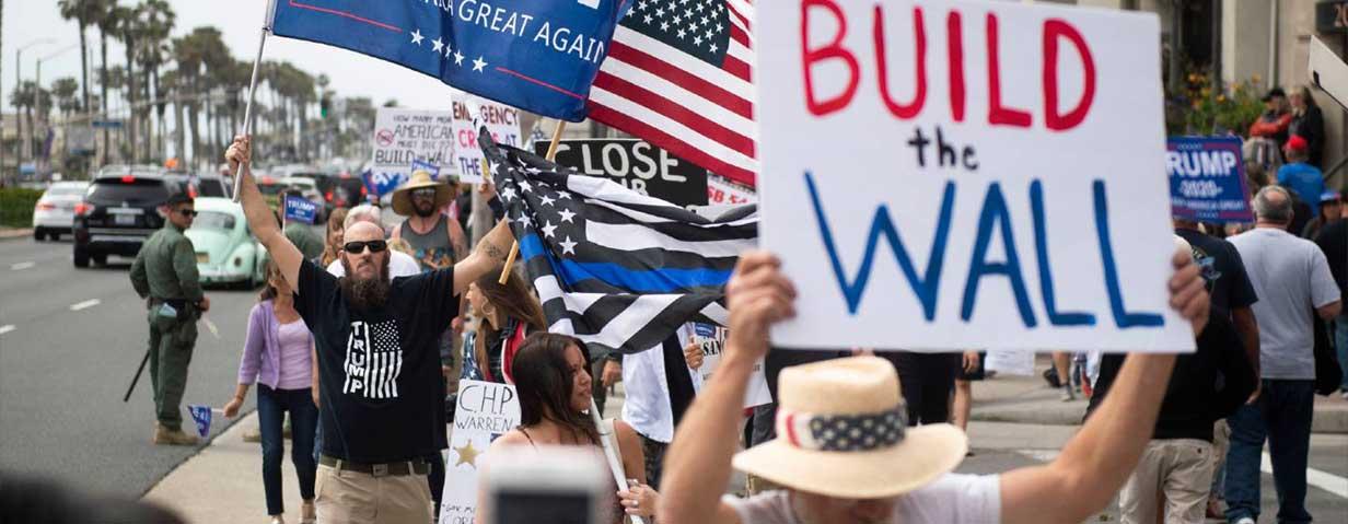 رفتار-مردم-آمریکا-با-مهاجران-چگونه-است-؟