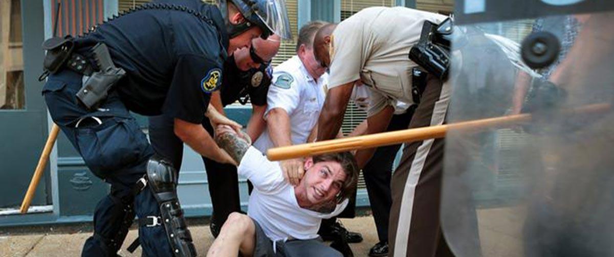 در-آمریکا-پلیس-چگونه-با-مردم-و-متخلفان-برخورد-می-کند؟-آیا-کشتار-شهروندان-به-دست-پلیس-آمریکا-امری-رایج-است-؟